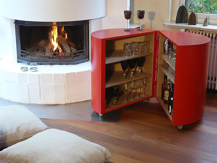 kultschrank gut gebaut eine runde verf hrung ich bin kleiderschrank schuhschrank. Black Bedroom Furniture Sets. Home Design Ideas